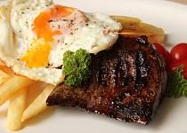 Biftek chudých s volským okem