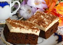 Kávové brownie s pěnou z marshmallows