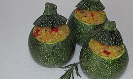 Nízkokalorické plněné cuketky s bylinkami