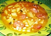 Sójová polévka s klobásou