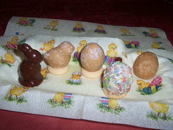 Velikonoční vajíčka, kuřátka a zajíčci, Hody, hody, doprovody, .......
