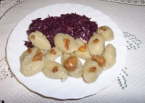 Chlupaté noky či knedlíky ze syrových brambor a bez vajíčka