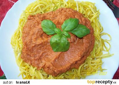 Cuketové špagety s omáčkou (Raw)