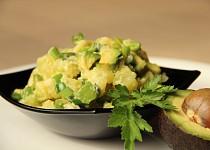 Smetanové brambory s avokádem