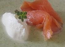 Brokolicový krém s uzeným lososem