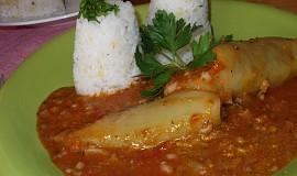 Papriky plněné mixem z masa, hlívy a rýže