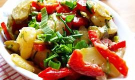 """Selský bramborový salát s """"vůní"""" Loštic"""