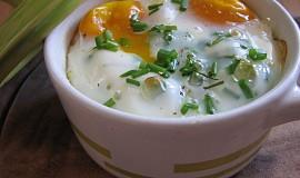 Zapečené mističky s rybou, vejcem a špenátem