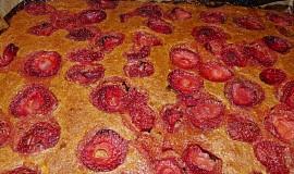 Batátové jahodové řezy