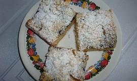 Jablečný tvarohový koláč s marmeládou