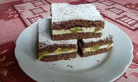 Křehký rebarborový koláč s tvarohem