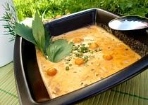 Smetanová polévka s uzenou paprikou