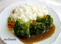 Brokolice se sladkou česnekovou omáčkou
