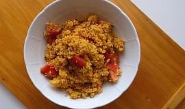 Bylinkový kuskus s rajčaty