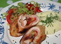 Kuřecí kapsa se šunkou a zeleninou