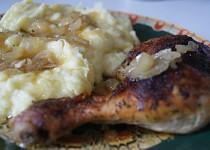 Kuřecí stehna plněná pečeným česnekem