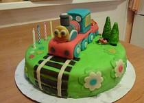 Marcipánový dort s mašinkou