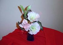 Modelované květiny z cukrové modelovací hmoty