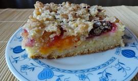 Ovocný koláč s extra křupavou posýpkou