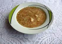 Ředkvičková polévka s květákem a vločkami