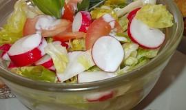 Barevný zeleninový salátek