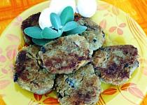 Cuketovo-houbové karbanátky