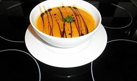 Kürbis Suppe (Hokaidová polévka)