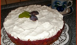 Perníkový dort s opilým švestkovým želé