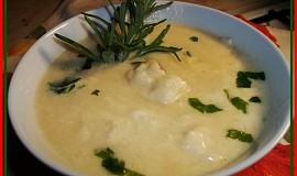 Polévka ze žluté cukety-jedna z prvních před léty