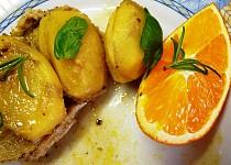 Balíček s vepřovým, cibulí a pomerančovou zálivkou