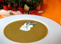 Čočková polévka s kokosem na indický způsob