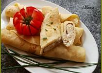 Cuketové palačinky s česnekovo-sýrovou náplní