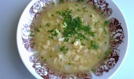 Ředkvičková polévka s vejci