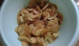 Chipsy aneb tuková bombička k televizi
