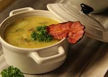 Květáková polévka se slaninou