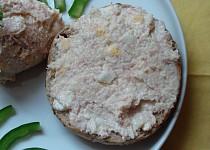Česnekovo-sýrovo-salámová pomazánka