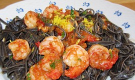 Sépiové linguine s krevetami