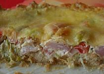Slaný cheesecake s uzeným kuřetem