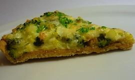 Slaný koláč s brokolicí a olomouckými tvarůžky
