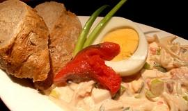 Zimní salát s červenou rybkou