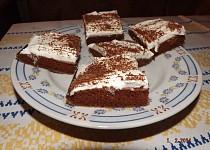 Bláznivý koláč ke kafíčku