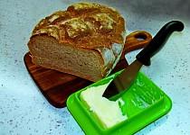 Domácí chleba bez kvasnic