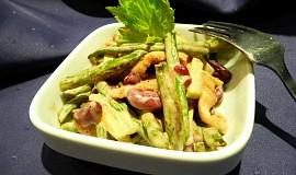Dvojfazolný salát s kuřecím masem