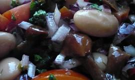 Fazolový salát se sladkokyselou zálivkou