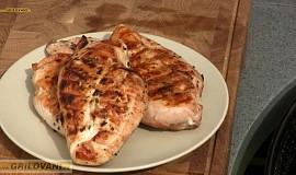 Grilované kuře pod cihlou