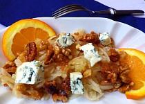 Hruškový salát s ořechy v karamelu a gorgonzolou