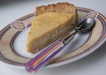 Křehký koláč s podmáslovým krémem