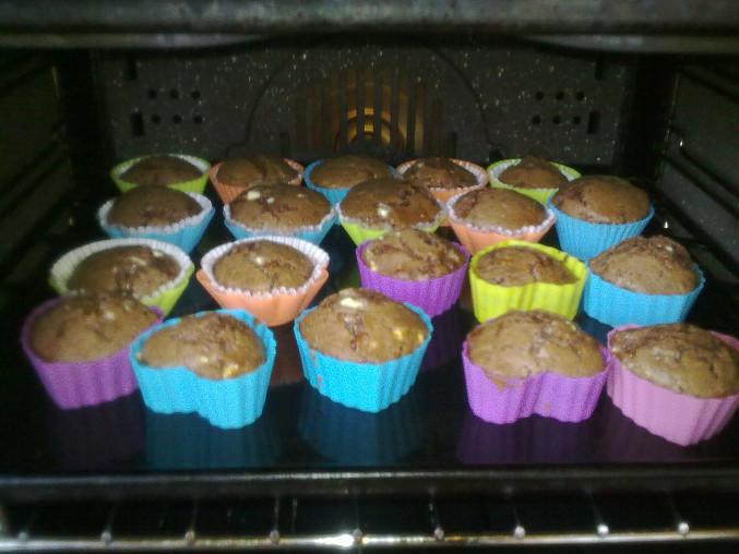 Muffiny ze tří druhů čokolády