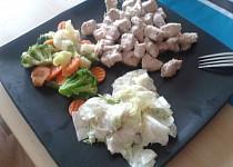 Nudličky z krůtího masa a se zeleninou