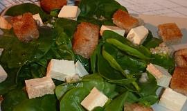 Salát z baby špenátu a tofu